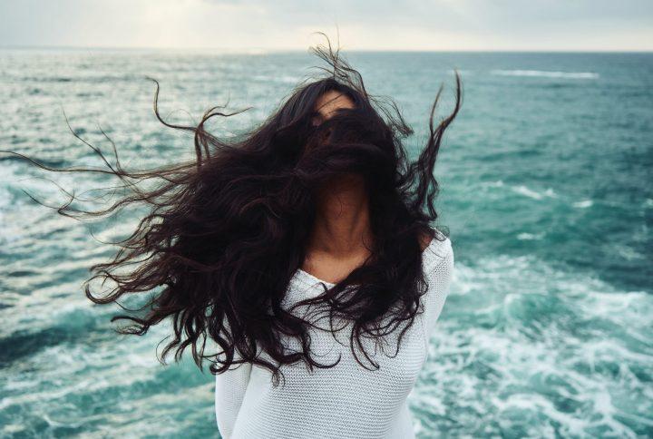 Ako chrániť vlasy pred slnkom