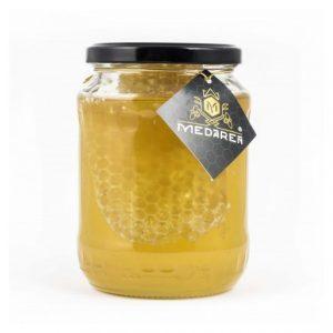 Agátový med s medovým plástom